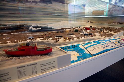 Erstaunlich detailliertes Modell der Mawson Station in der Antarktis